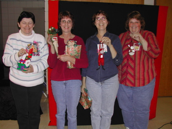 photo of winners of ornament challenge